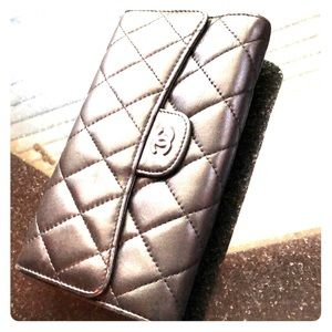 Classic Chanel Flap long Wallet